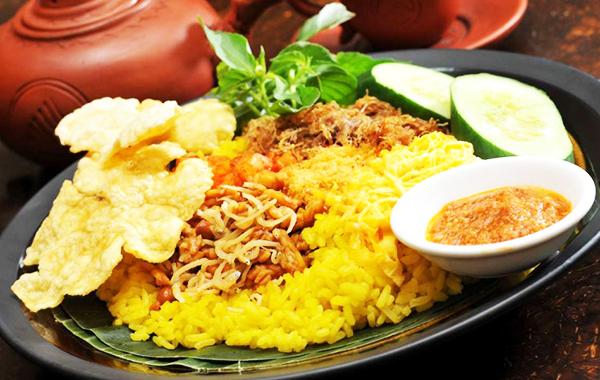 Nasi-Kuning-1